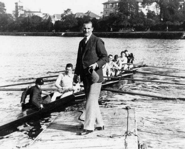 rcs-standing-in-front-of-rowing-8